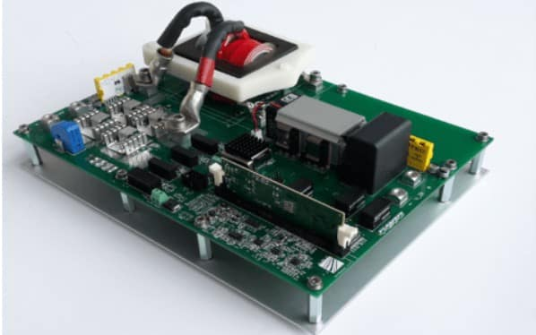 bidirectional DC / DC converter with 3 KW and efficiency of 98%